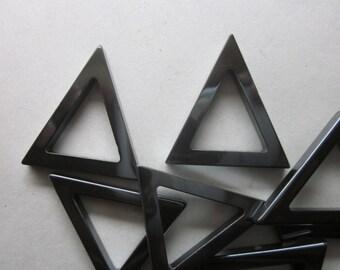 Non Hematite Black Triangle Pendants 31mm 4 Pendants