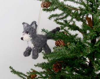 Wolf Ornament, Wolf Christmas Ornament, Dog Ornament, Gray Wolf, Christmas Ornaments, Knit Wolf, Fiber Sculpture, Mini Collection, Wolf Toy