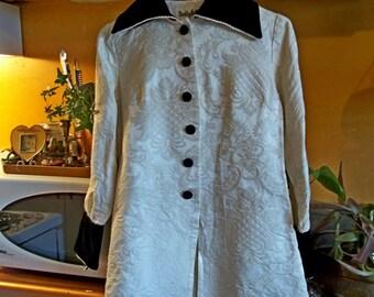 Rad 1960's Early 70's Flocked Jacket Blazer Top Damask Brocade 3D Fabric Velvet Collar M