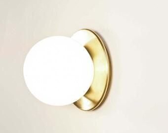 Pleine lune - Brass sconce - Brass flush mount