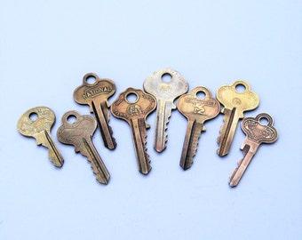 Vintage Ornate Keys: 8 Vintage Keys For Your Next Project