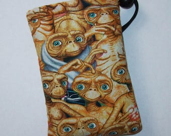 "Pipe Pouch, ET Alien, Pipe Case, Glass Pipe Bag, Pipe Cozy, Padded Pipe Pouch, Padded Bag, 420, Stoner Gift, Weed, Smoke Bag - 5"" DRAWSTRING"