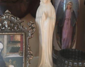 Virgin Mary Statue slender vintage Mary Blessed Mother Madonna Figurine Mary statue vintage Catholic Figure mid century Vintage religious