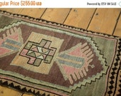 HOLIDAY SALE 10% OFF Discounted 1.5x2.5 Vintage Oushak Rug Mat
