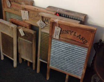 Vintage washboards of various sizes