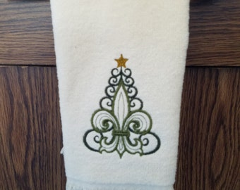 Christmas Fingertip Towel