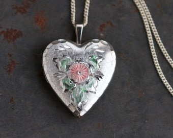 Sterling Silver Heart Locket Necklace - Vintage Keepsake Love Pendant on Chain with Etched Flower