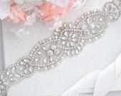 Bridal Crystal  Pearl sash.Rhinestone Applique Wedding Belt. Bride Sash,vintage sash belt