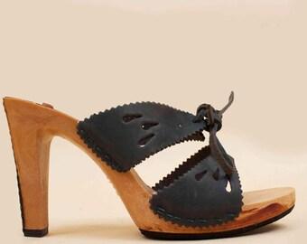 70s Vtg Deadstock Wood & Black Leather Platform Tie Front Mule Sandals / Hippie Boho NOS High Heels 7 Eu 37.5 38