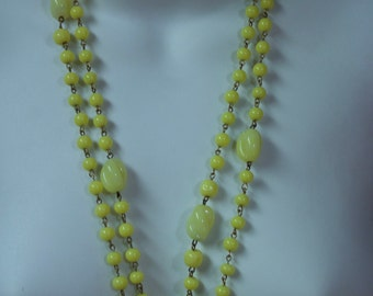 "1960's Pale Yellow Glass Beaded 36"" Necklace"