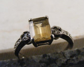Vintage Golden Yellow Citrine  Sterling Silver Ring.....  Lot 4863