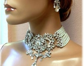 Bridal jewelry, Bridal choker statement necklace earrings, vintage inspired Victorian pearl crystal necklace, Gothic wedding jewelry set