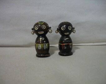 Vintage Wood Black African Salt And Pepper Shakers