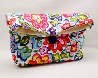 Foldover clutch, Fold over bag, clutch purse, evening clutch, wedding purse, bridesmaid gifts - Colorful foral pattern (Ref. FC50 )