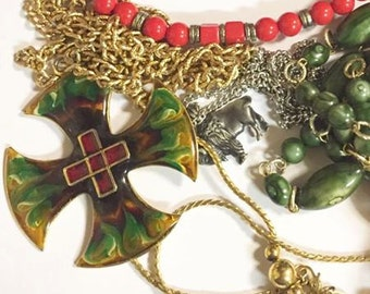 Large Mixed Lot of Vintage Jewelry 51 Pieces