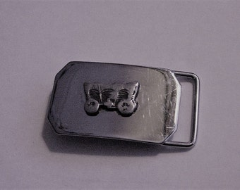 Vintage Child's Belt Buckle Stainless Steel Covered Wagon Western Cowboy Rodeo U.S.A. Buckaroo