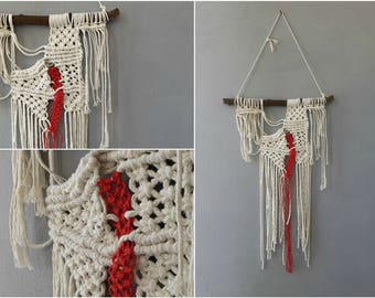 Modern Macrame Woven Wall Hanging, Boho Wall Decor 70s Chic, Macrame Wall Hanging, Branch Weaving Art, Fringed Macrame Wall Hanging Boho