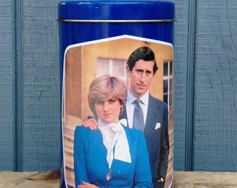 Royal Wedding Tin - Prince Charles and Lady Diana Wedding Tin - Royal Family - British Royalty