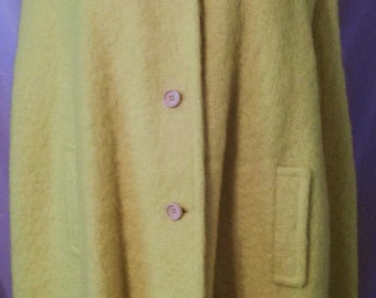 BIG FALL SALE 70s Vintage Yellow Mohair Wool Cape Coat-High Fashion-Mod-Medium-Waldorf-Jackie o-Winter Hipster Outer Wear