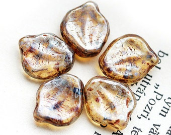 Chunky Large Czech leaf beads, glass leaves, Light Brown Topaz, Picasso beads, luster - 12x15mm - 10Pc - 0546