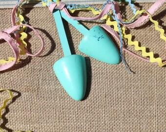 Vintage shoe strechers ladies shoe strechers Aqua shoe strechers shabby chic cottage chic photo shoot prop Boudoir bride gift wedding gift