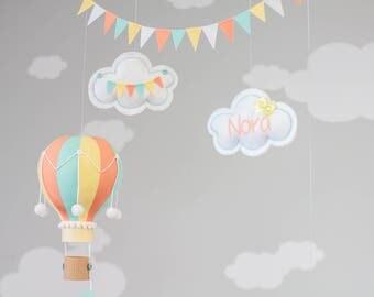 Hot Air Balloon, Giraffe Baby Mobile, Nursery Decoration, Dr. Seuss, Oh the Places You'll Go, Travel Theme Nursery Decor, i234