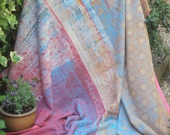 Worn pastel vintage kantha quilt, Kantha throw, Sari blanket, Vintage kantha quilt, Pink Sari throw, Kantha blanket,Boho throw