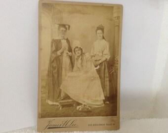 origional antique cabinet card rare 3 women 1 female scholar robed Lee London 1800's free ship