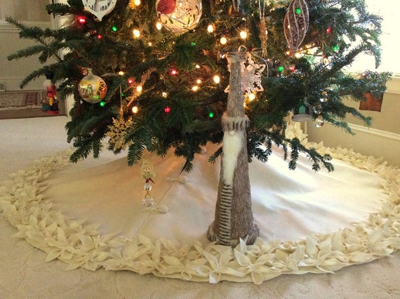 60 Christmas Tree Skirt In Ivory Felt With A Double Row