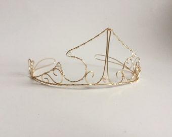 aurora inspired gold wire crown