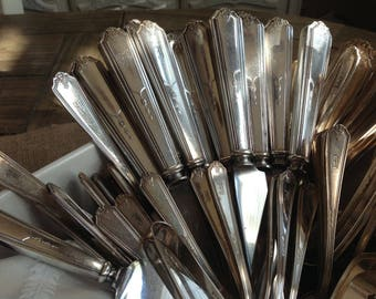 87 Piece Set of Gorham Silver Co Vanity Fair Pattern from 1924 Monogrammed Silver plated Flatware