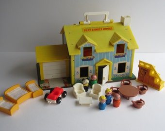 Fisher Price Play Family House #952 - Complete