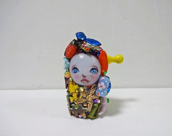 "2.9in Handmade Assemblage Mixedmedia Art Doll ""MATO-chan"""