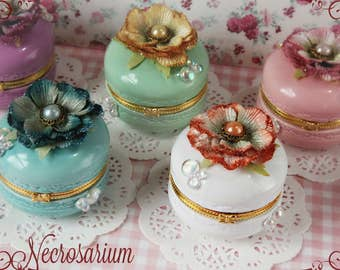 Bubbly Macaron Trinket Box (Choose Color)