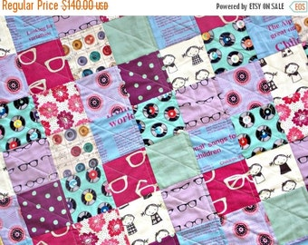 HURRY PRESIDENTS DAY Sale Modern Baby Quilt - Gender Neutral Crib Quilt - Echino Fabrics