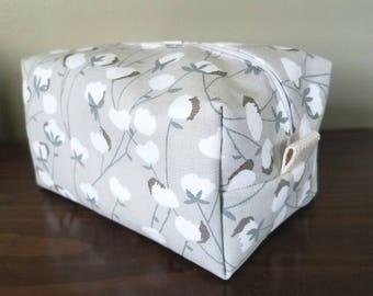 Gray Dandelion Makeup Bag  - Dandelion Fabric - Waterproof Bag - Bridesmaid Gift Bag - Premier Prints Fabric