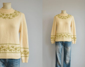 Vintage 60s Embroidered Sweater / 1960s Cream Sage Green Rose Flower Mock Neck Pullover Sweater