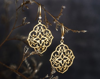 639_Boho gold earrings, Matte gold earrings, Pattern earrings, Large gold filigree earrings, Bohemian chic earrings Filigree dangle earrings