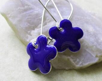 20% off sale Dangle Drop Earrings - Indigo Blue Epoxy Enamel Flowers - Sterling Silver Plated over Brass (F-2)