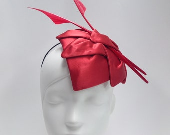 Red petal headpiece