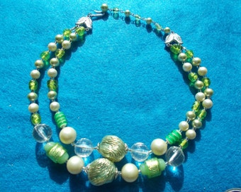 Vintage made in Japan beaded 2 strand necklace in excellent  condition..!.