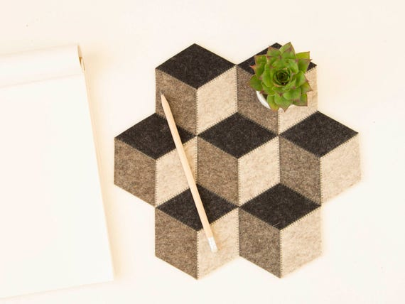 Small table mat / wool felt / dark grey / wool felt mat / stylish table mat / handmade / made in Italy