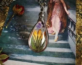 DANDELION FLOWER Necklace, Moss, lavender seeds Pandant, terrarium Jewellery