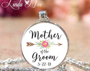 Mother of the Groom Personalized Wedding Day Pendant, BOHO Wedding Party Gifts Gift for Mom Pendant Necklace, Wedding Thank You Gift JPH50