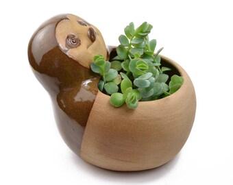 Cute sloth planter - ceramic planter, animal planter - brown - made in Brazil
