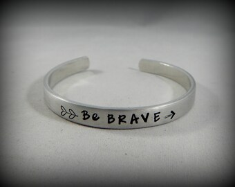 Be BRAVE - Hand Stamped Bracelet with Double Heart Arrow - Inspirational - Strong Women - Mantra Jewelry - kg2325
