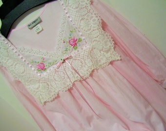 Pretty Pink, Night Gown, Lacey and Ribbons, Summer Cool Voile, Size Medium, Frilly Sleepwear, Resort Cruise, BG Street