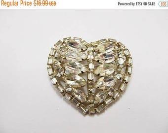 On Sale Vintage Prong Set Rhinestone Heart Pin Item K # 2789