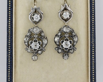 A magnificent pair of early Victorian 4,10 Ct old mine diamond drop earrings