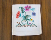 Antique Linen Table Runner 1910s Hand Embroidered, needlework, embroidery, linens, floral, crewelwork